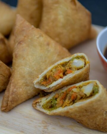 Large Samosa 30 pieces (bulk)